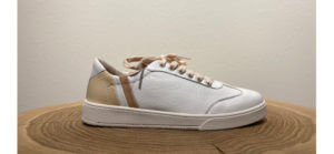 Weiße Sneaker von Blackstone